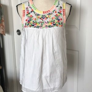 Adorable linen embroidered J Crew top